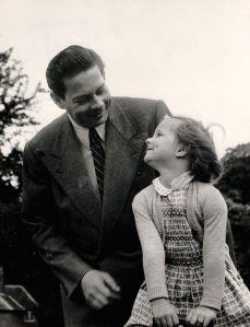 Superb Regele Mihai si Principesa copil